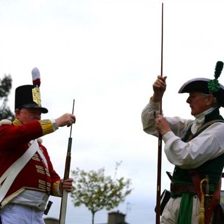 Loading muskets
